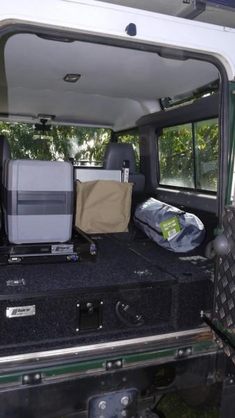 Land Rover Defender 90 und 110 Schublade mit Seitenteil Kofferraum